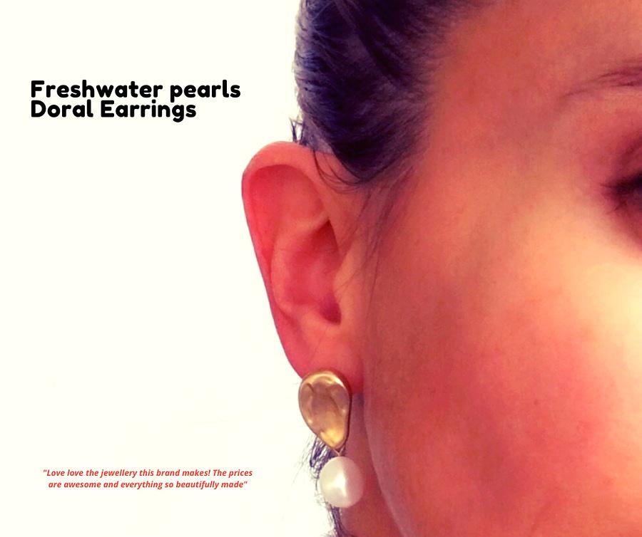 havana earrings + kisses